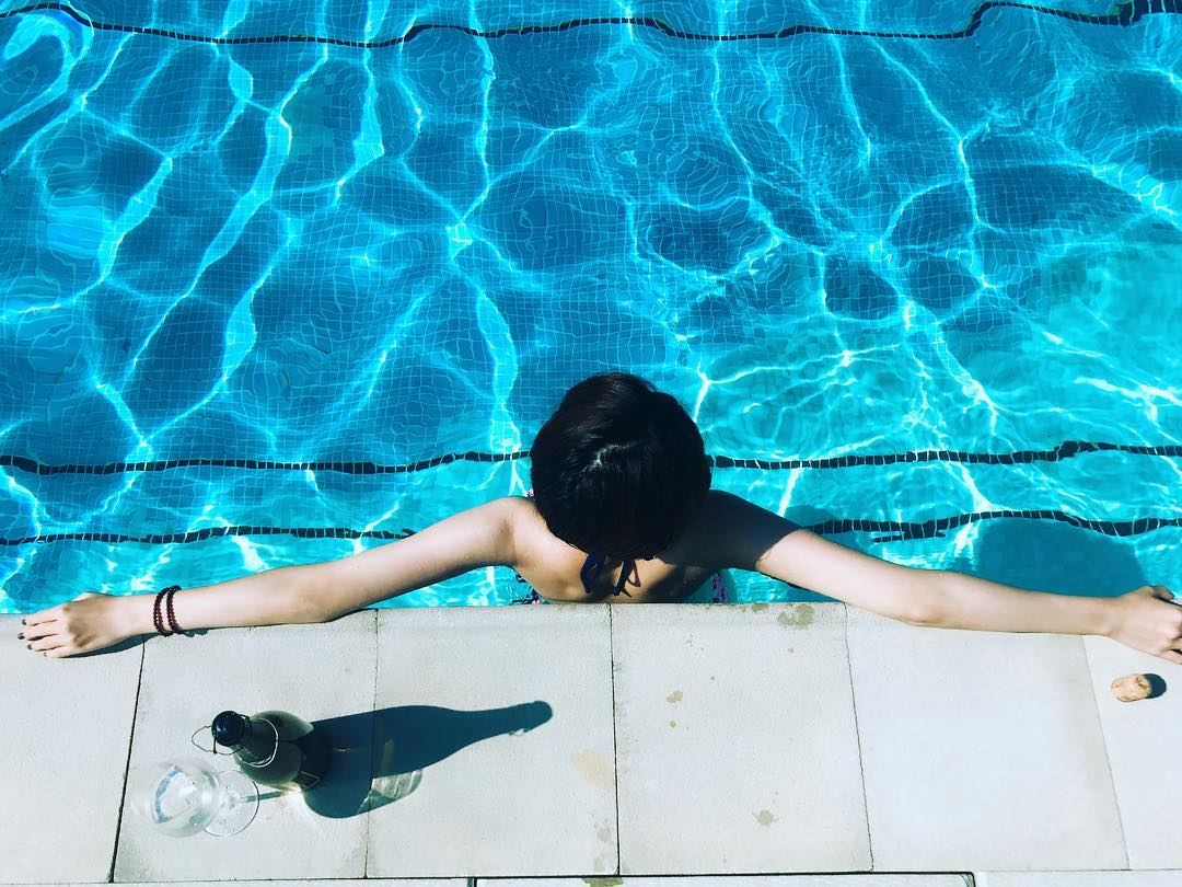 "@_daisyliu's cover photo for 'Daisy Liu on Instagram: ""relaxing 😎.
