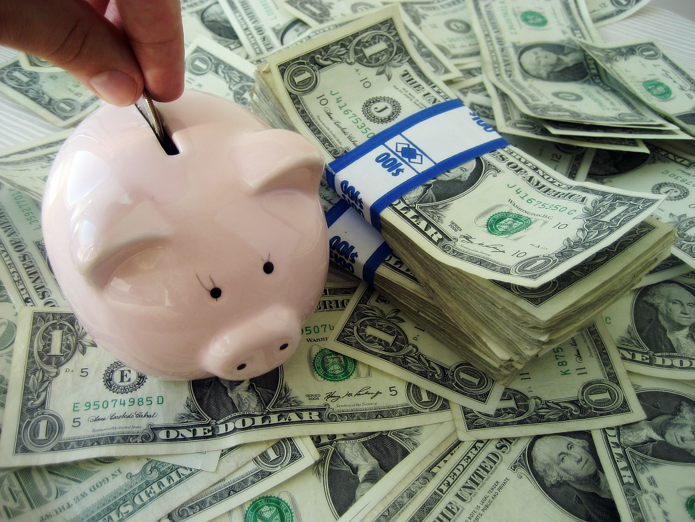 @cuponeandoprnet's cover photo for '8 ideas para generar dinero extra - Cuponeando PR'