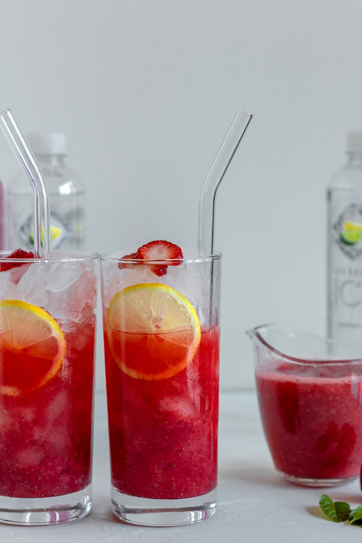 @bakedambrosia's cover photo for 'Skinny Sparkling Strawberry Vodka Cocktails - Baked Ambrosia'