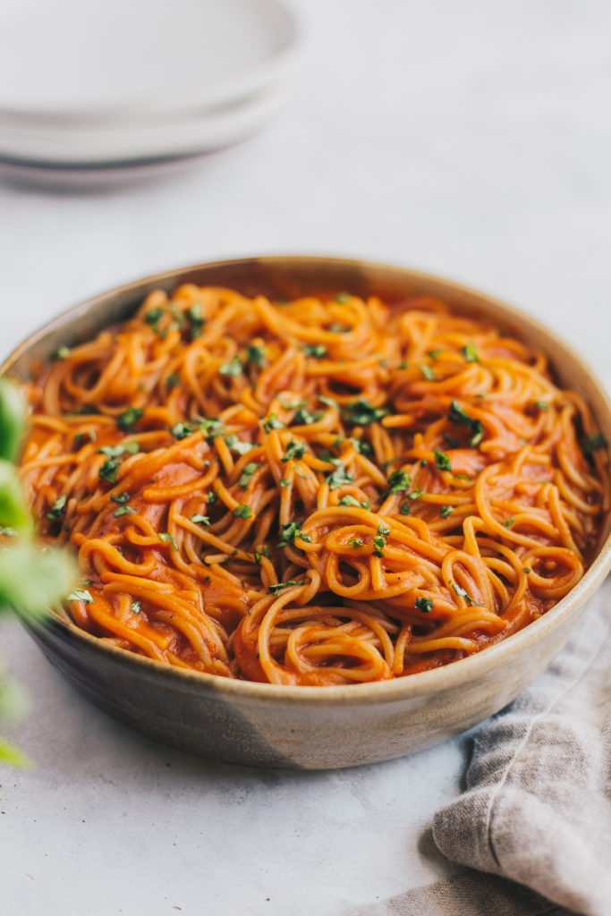 @natteats's cover photo for 'Vegan Creamy Tomato Sauce Pasta (V+GF) - NattWrobel'