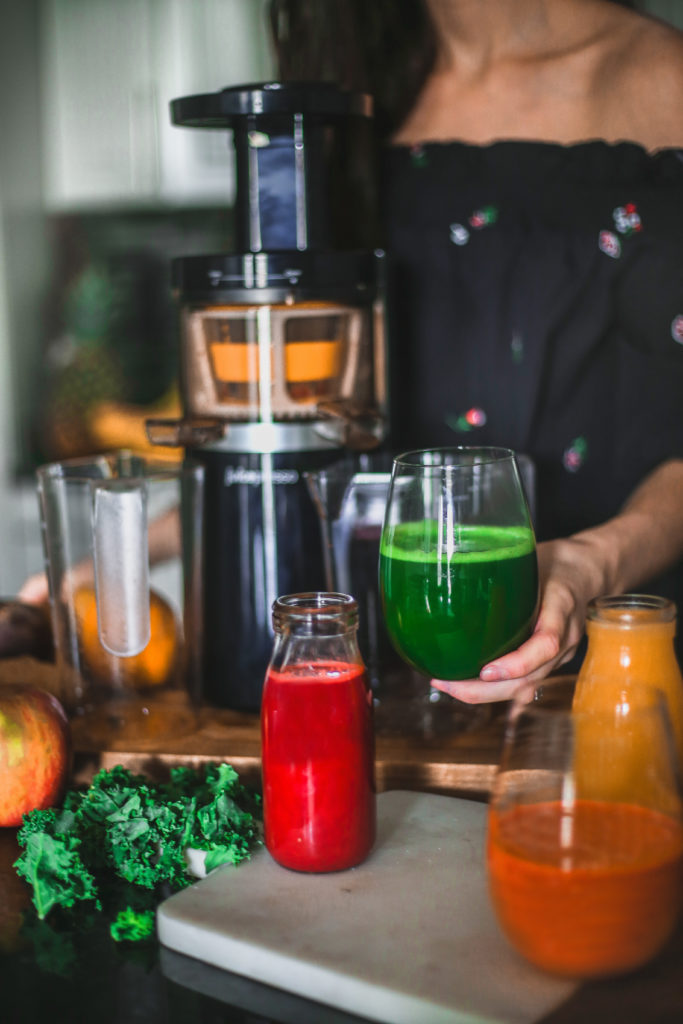 @natteats's cover photo for 'What you should know about juicing | Easy Freshly Pressed Juices + My favorite Cold Press Juicer - NattWrobel'
