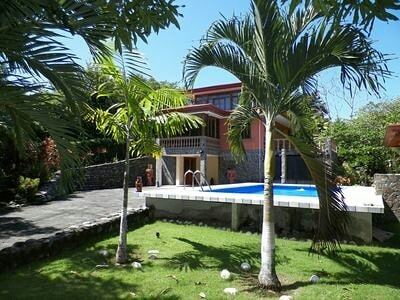 """@costarica_welcome's cover photo for 'Costa Rica Welcome on Instagram: """"Beautiful 4 bedroom home located in a quiet neighborhood less than a mile from the beach and 12 miles to Jaco. This house is loaded with…""""'"""