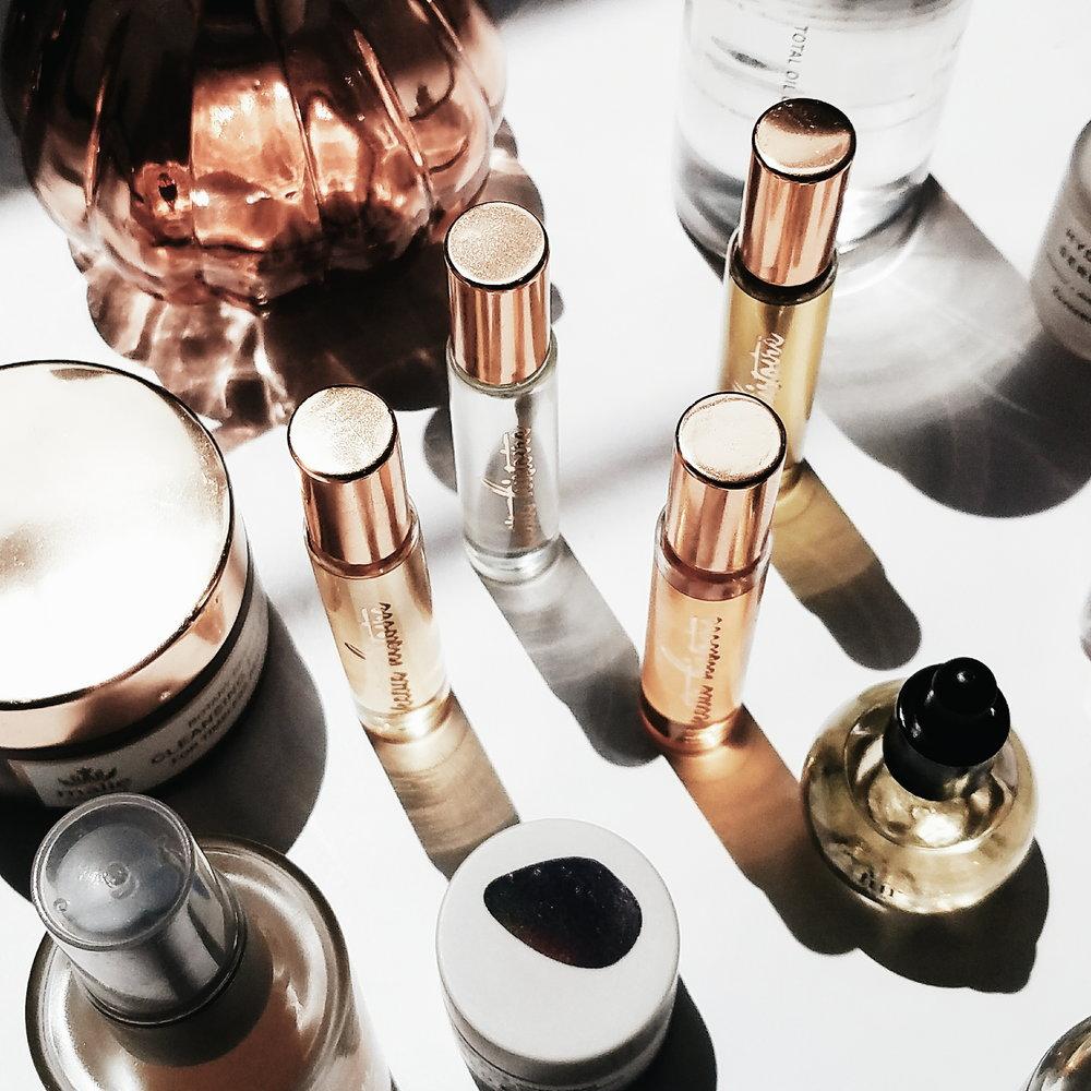 @frankies.skin's cover photo for 'Petite Histoire Perfume'