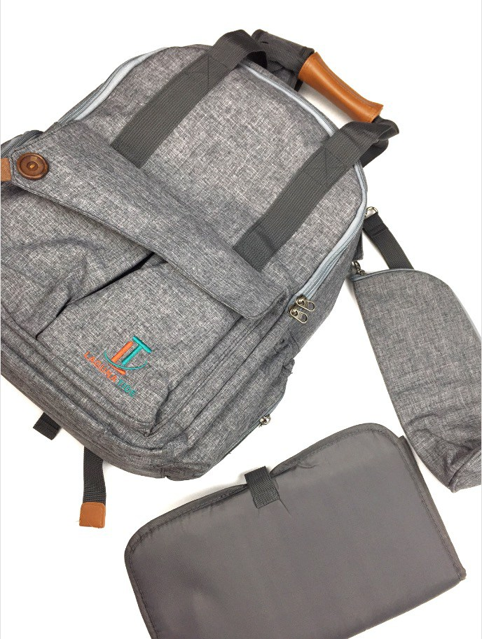 @kymakeupjunkie's cover photo for 'Best Diaper Bag for the On-the-Go Parent - Kentucky Makeup Junkie'