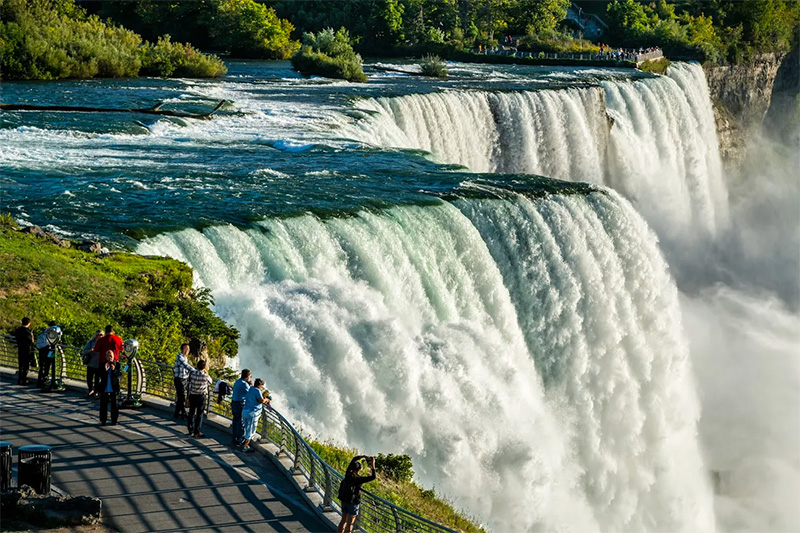 @paltrowitz's cover photo for '5 Things That Impressed Me About My Visit To Niagara Falls USA'