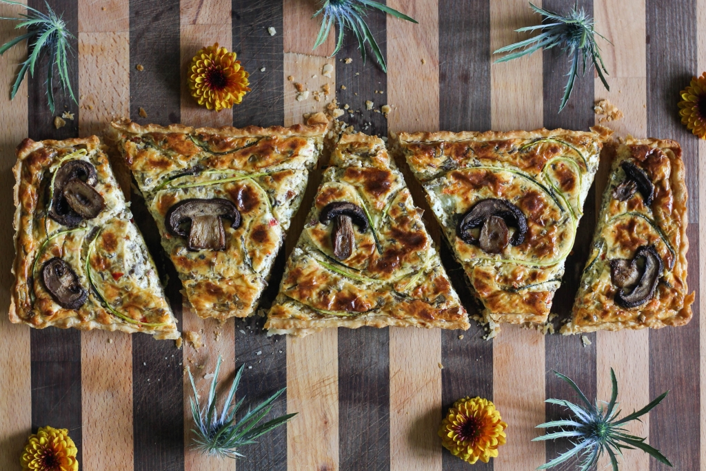 @frostpetticoat's cover photo for 'Rustic Tuscan Mushroom Tart - The Frosted Petticoat'