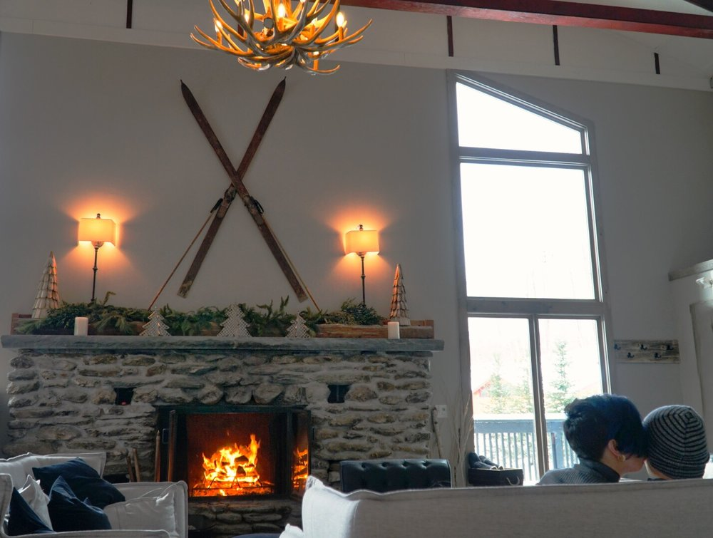 @goaltraveler's cover photo for 'The Best Way To Experience Killington, VT Starts With Staying Here!'