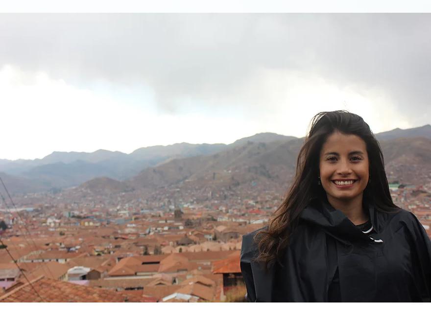 @cintyvalencia's cover photo for 'Cusco y sus techos rojos | Cinthia Valencia'