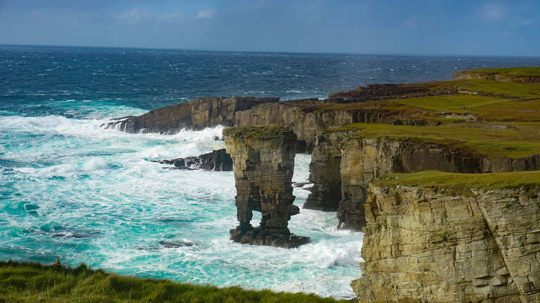 @travelswithakilt's cover photo for 'Orkney Day Trips - Travel Blog Tips for Adventures in the Orkney Isles'