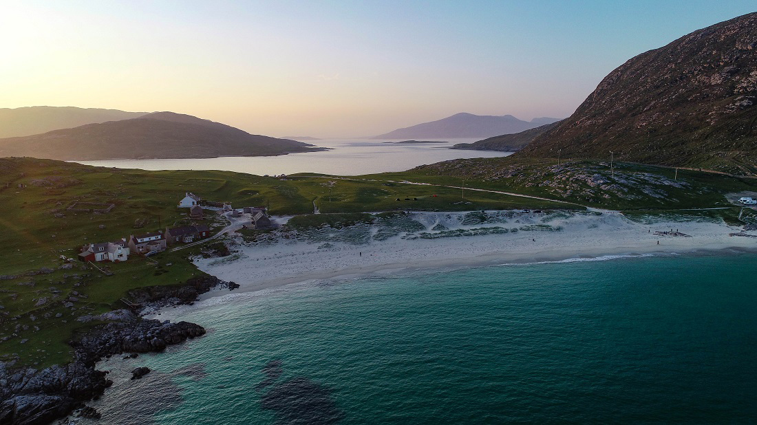 @travelswithakilt's cover photo for 'Outer Hebrides Holidays and Exploring the Best of the Outer Hebrides'