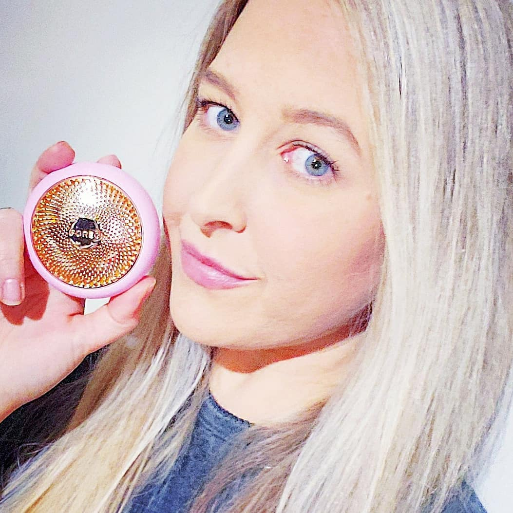 "@ninesacloud's cover photo for '󾓦 Christina Goltare on Instagram: ""FOREO has changed the sheet masking game with the new UFO, a smart mask treatment, combining advanced dermal technologies with exclusive…""'"