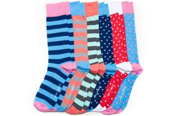 @modernfellows's cover photo for 'Getting to Know Nice Laundry and Their Exceptionally Nice Socks – Modern Fellows'