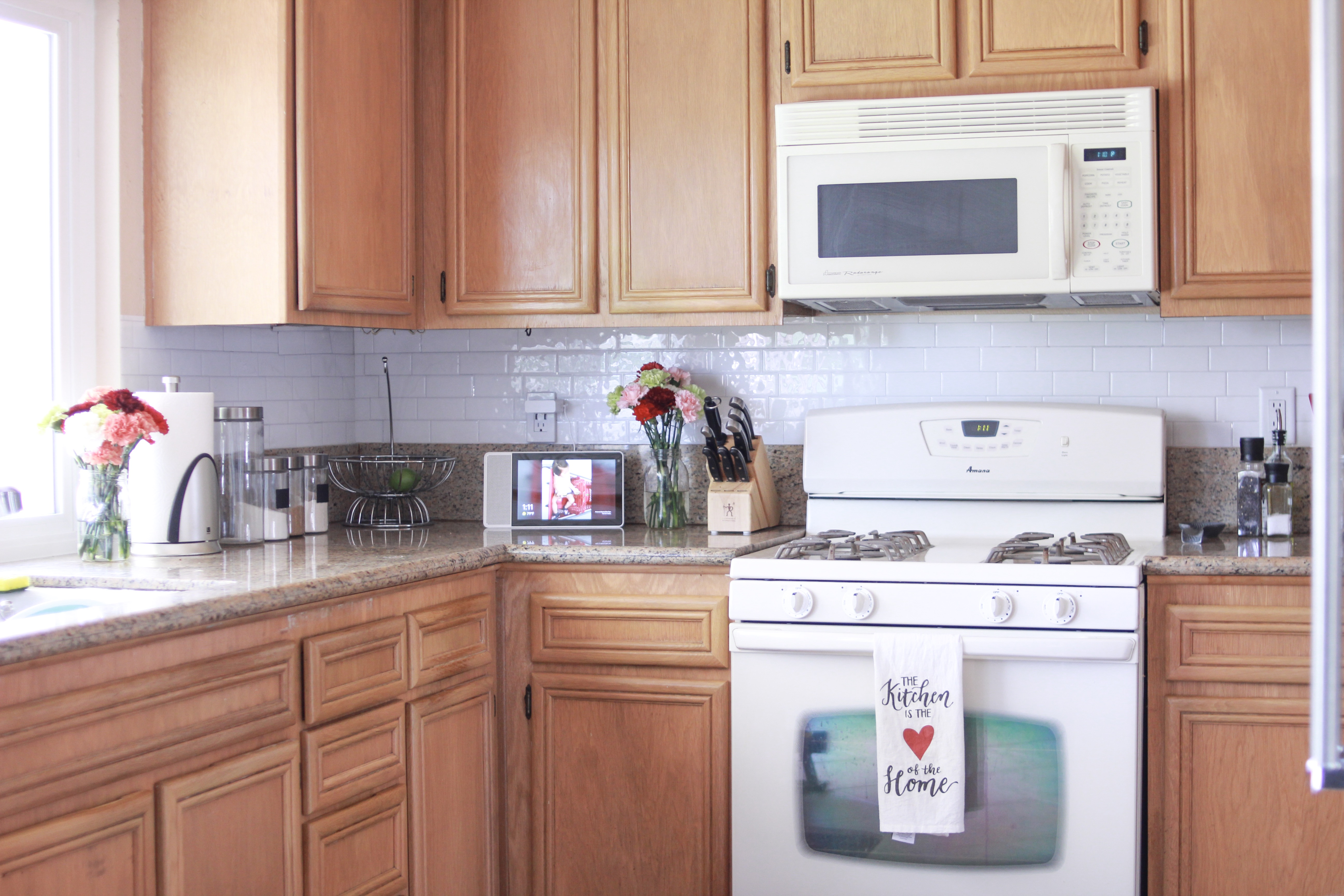 @mammabearsays's cover photo for 'Easy and Inexpensive Kitchen Backsplash'