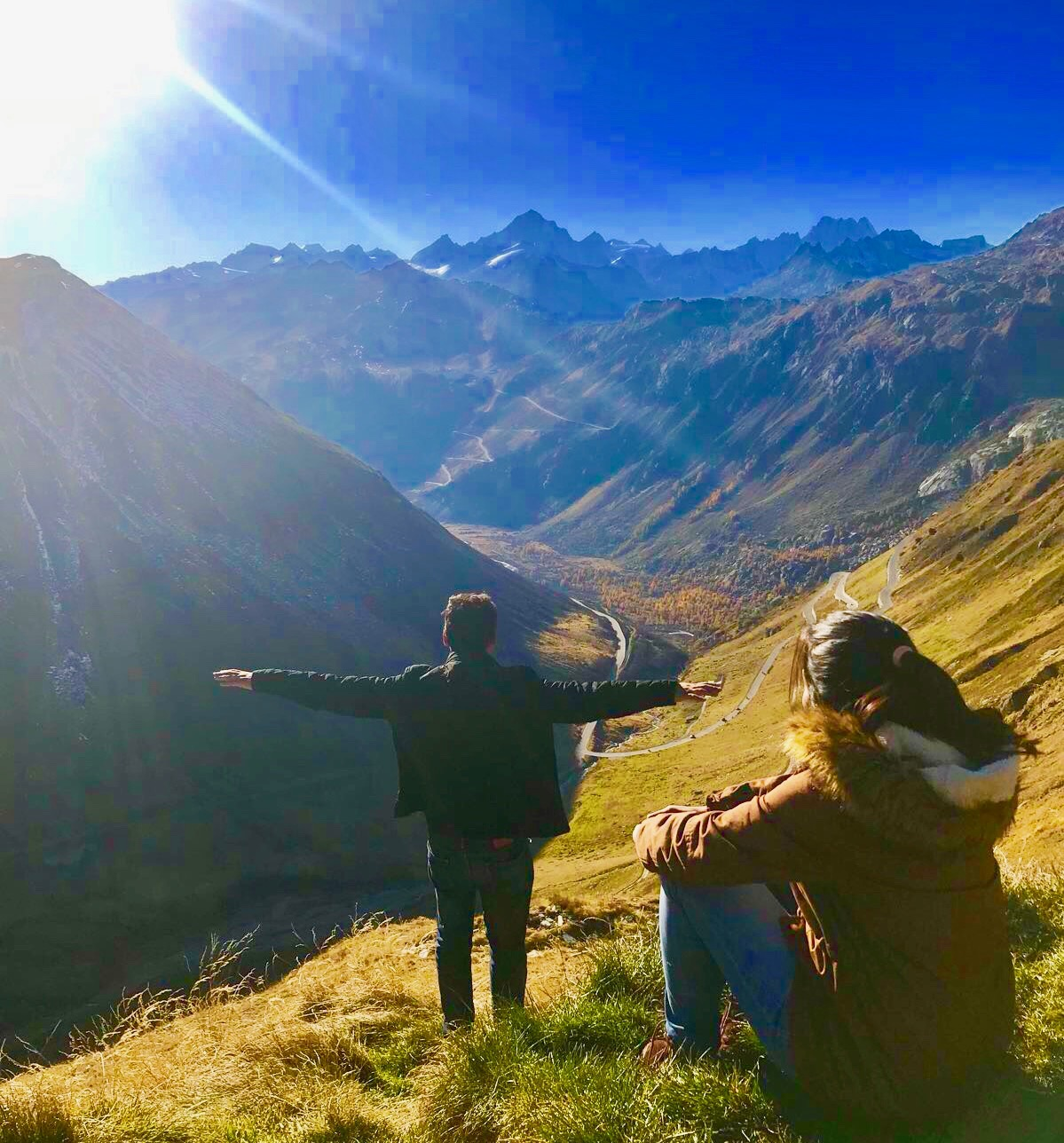 @traveller_in_us's cover photo for 'Budget Travel in Switzerland. Plan your travel Wise.'