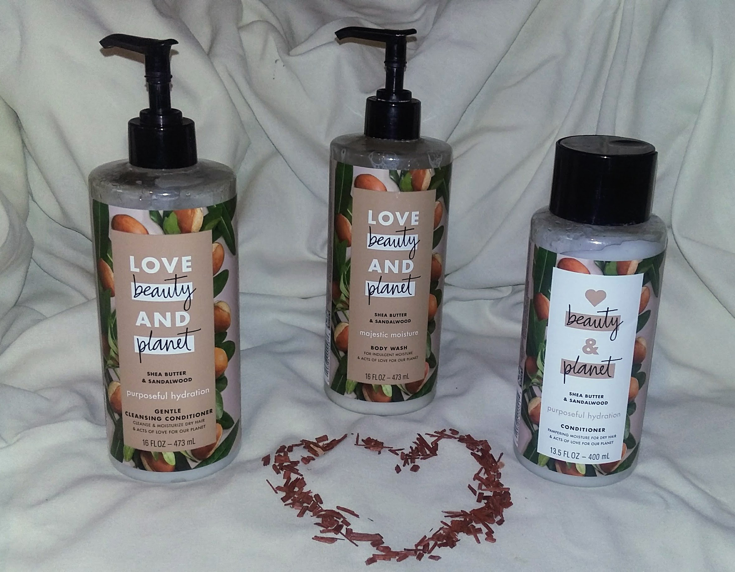 @dreamstar1666's cover photo for 'Love Beauty and Plant -Shea Butter & Sandalwood-Review'