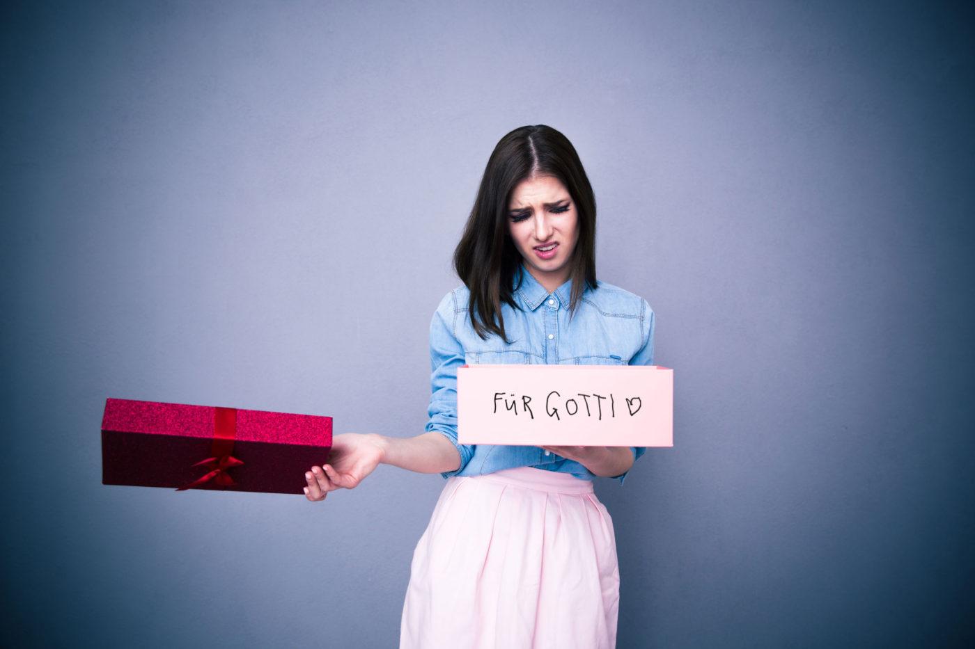 @hellojrene's cover photo for 'Gotti wünscht sich zu Weihnachten... Die Hitliste der nützlichen Geschenke. - Anyworkingmom'