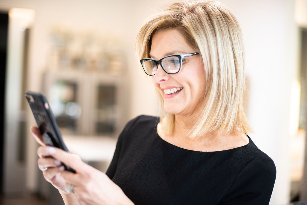 @tanyafosterblog's cover photo for 'How I ditched my Reading Glasses! | Tanya Foster | Dallas Lifestyle & Fashion Blogger'