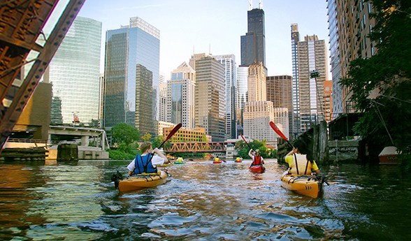 @loveforchicago312's cover photo for 'Chicago Kayak Tours - Love for Chicago'