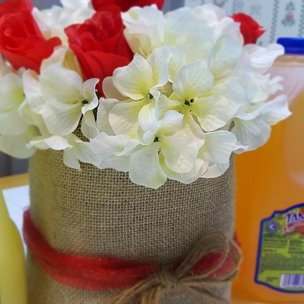 @homesteadwishing's cover photo for 'Easy DIY Valentine Flower Vase - Valentine's Day Crafts - Valentine's Day Flower Vase'