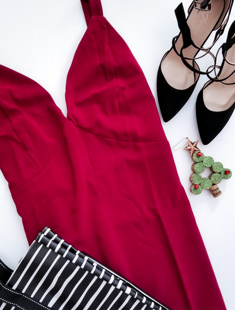 @thebrockblog's cover photo for 'Rockin Red This Christmas - The Brock Blog'