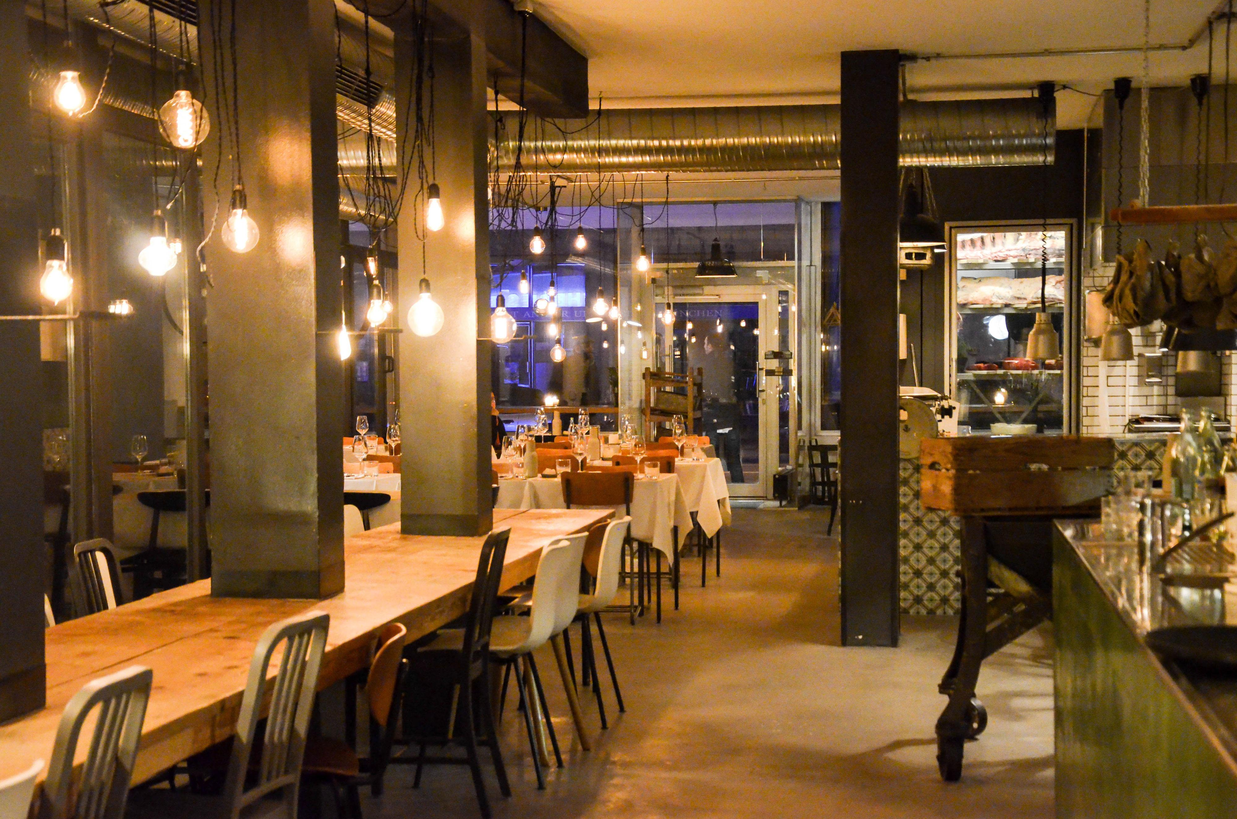 @frau_joppe's cover photo for 'Restaurants in Munich | Theresa Bar * Grill * Restaurant'