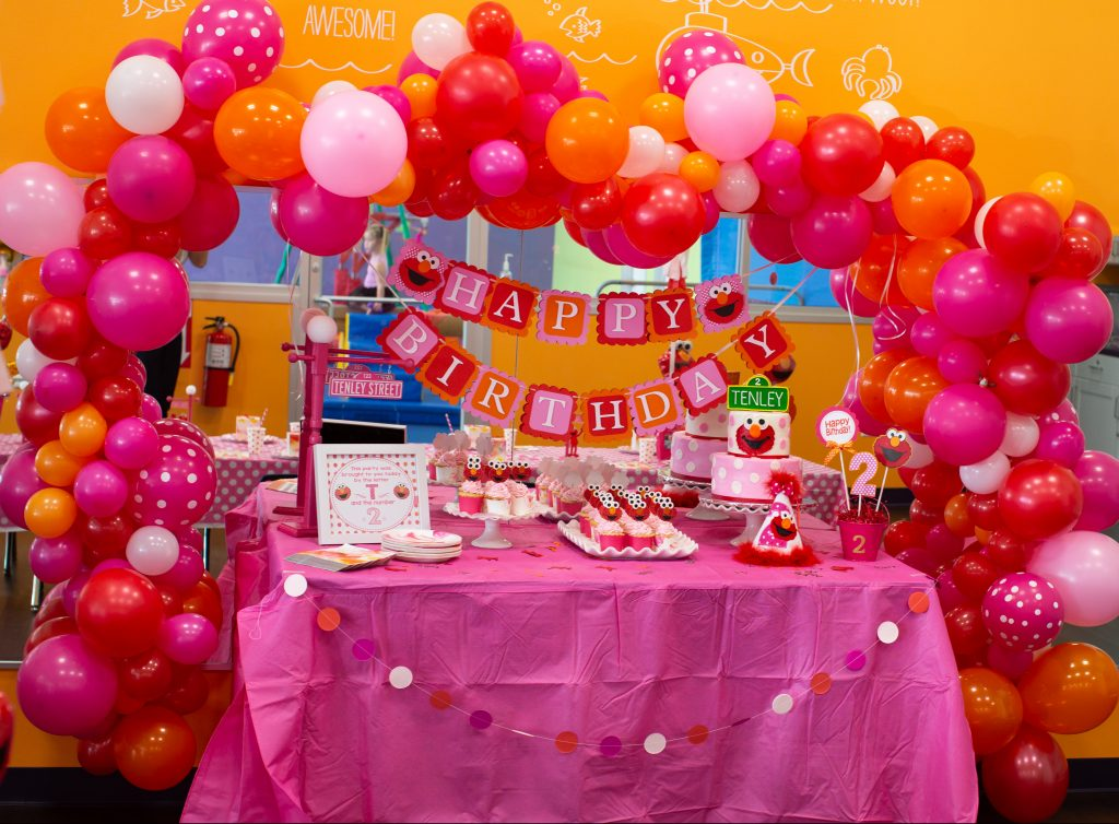 @mama_of_joy's cover photo for 'Elmo Themed 2nd Birthday Party | Mama of Joy'