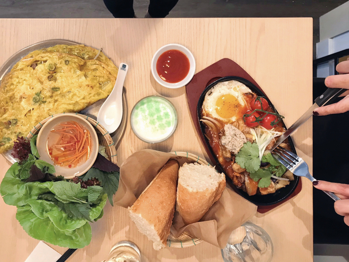 @londongirlmunches's cover photo for 'London Girl Brunches: Banh Banh'