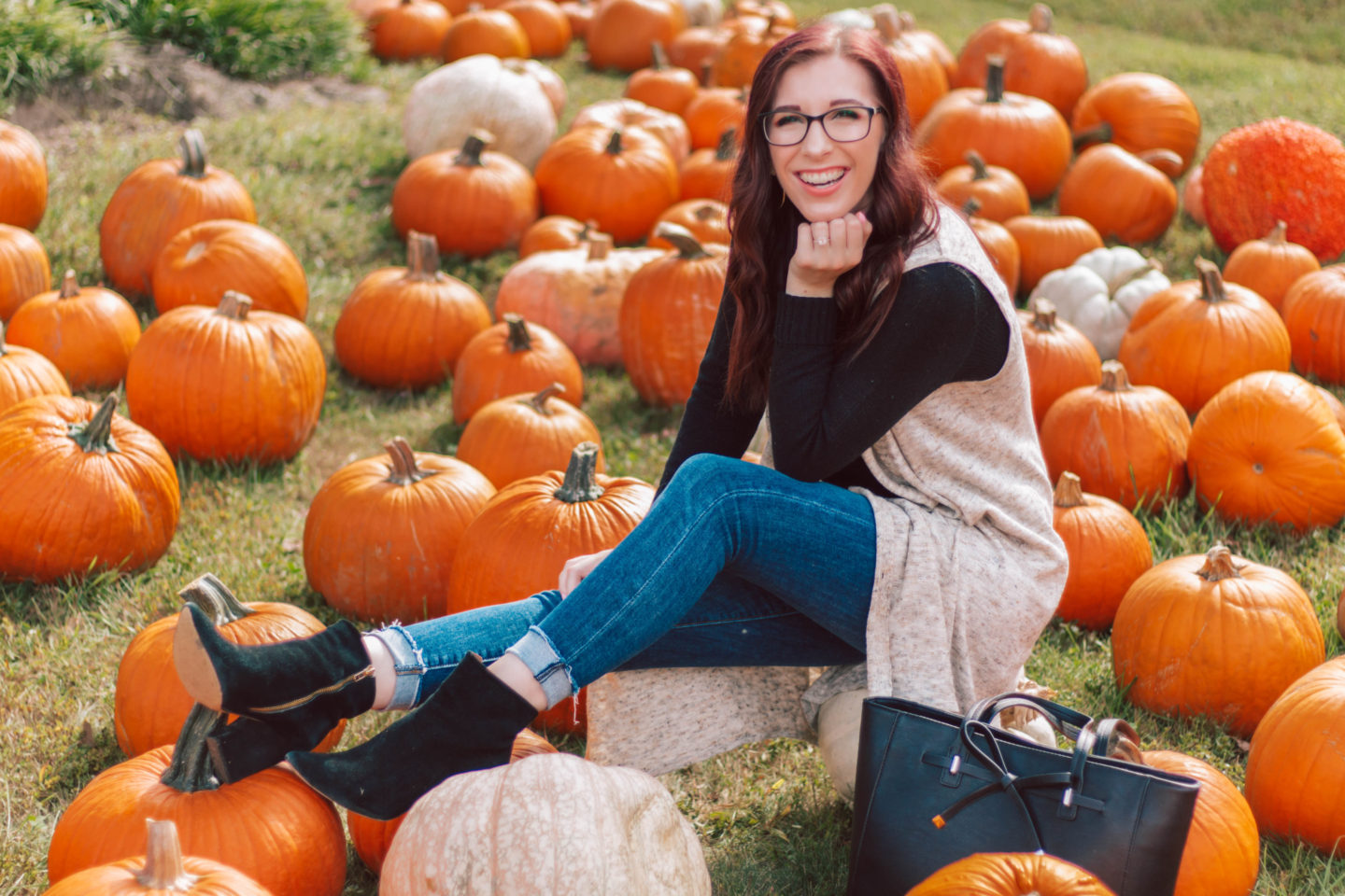 @shesawstyle's cover photo for 'Why You Should Shop at Versona This Fall | She Saw Style'