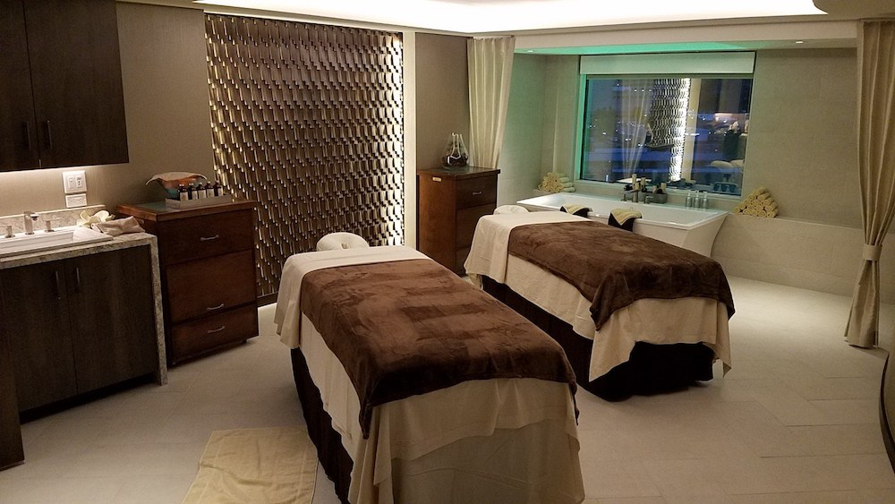 @renodads's cover photo for 'NEW: The Spa at Silver Legacy - Reno Dads'