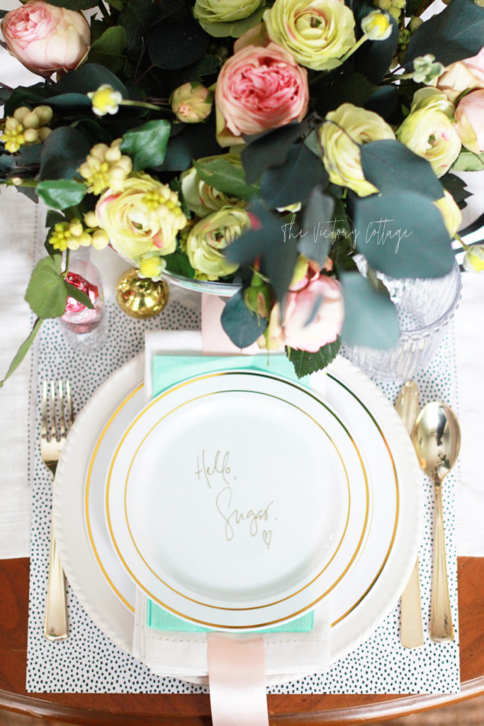 @victorycottage's cover photo for 'Chic Valentine Tablescape, Valentine Decor in the Dining Room'