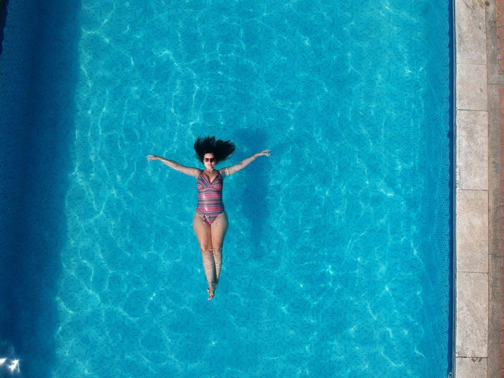 @doisviajando's cover photo for 'Fim de Semana em um Hotel Fazenda no RJ | Dois Viajando'