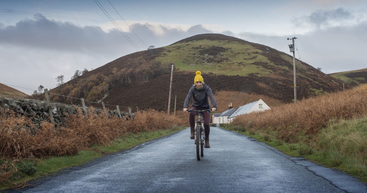 @citygirlrides's cover photo for 'Why Merino Wool Products And Winter Cycling Are The Perfect Partnership'