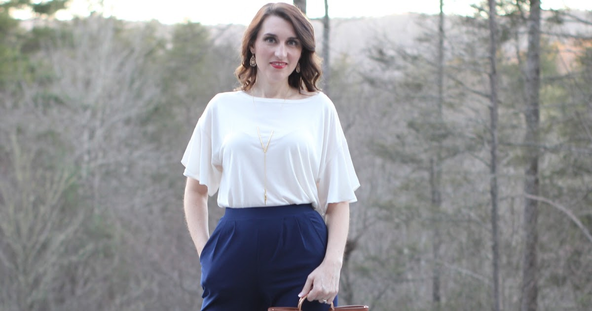 @blogilluminate's cover photo for 'Work Wear:  Navy Pleat Front Trousers'