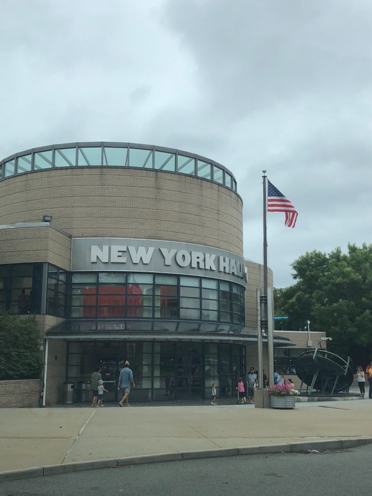 @dqfamilytravel's cover photo for 'A Visit to the New York Hall of Science with Kids - DQ Family Travel'