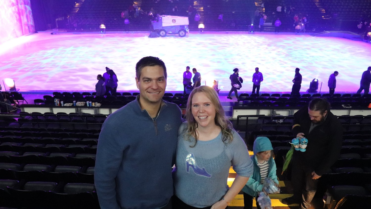 "@thedisneydinks's cover photo for 'A ""Disney On Ice"" Date Night Review: Reasons for Adult Fans to Go See the Show!'"