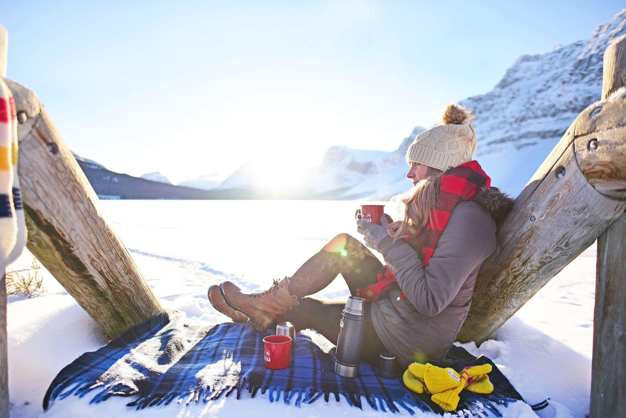 @thelostgirlsguide's cover photo for '15 of the Most Iconic Activities to do in Banff and Lake Louise in Winter - The Lost Girl's Guide to Finding the World'