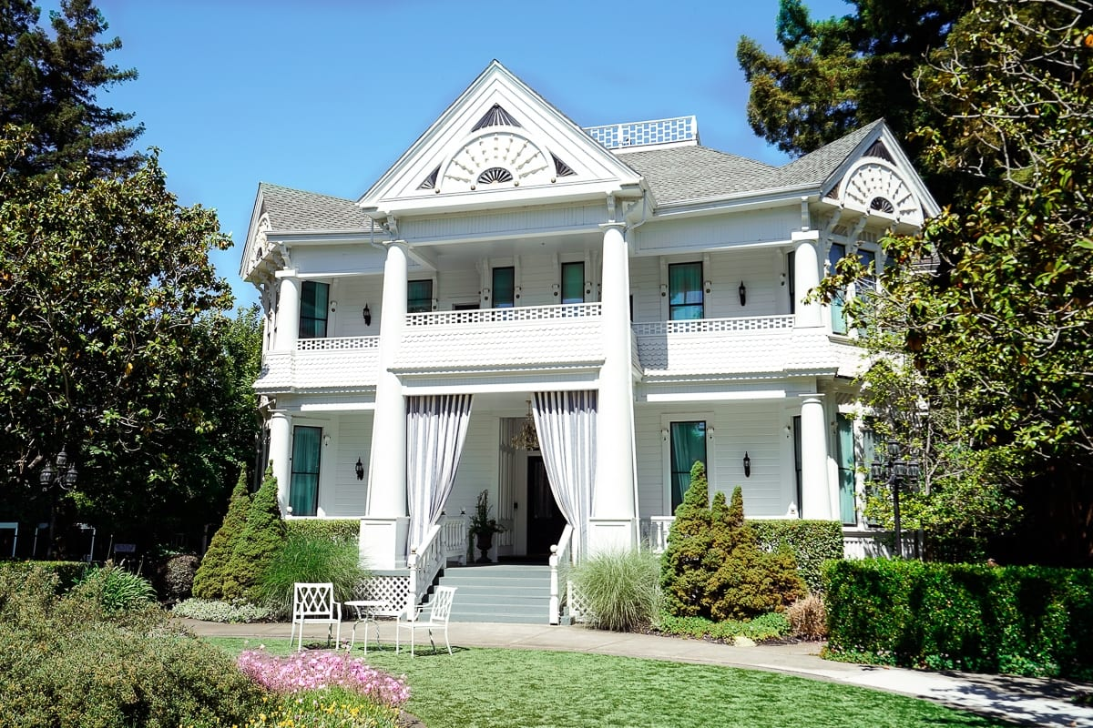 @sondrabarker's cover photo for 'Discover Why This Victorian House is the Most Charming Hotel in Napa'