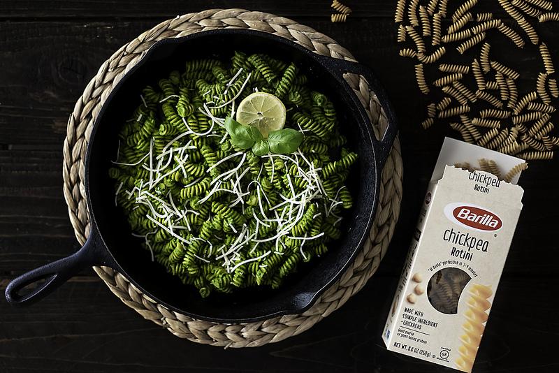 @sarahhusvar's cover photo for 'supergreens pesto pasta sauce w/ chickpea pasta'