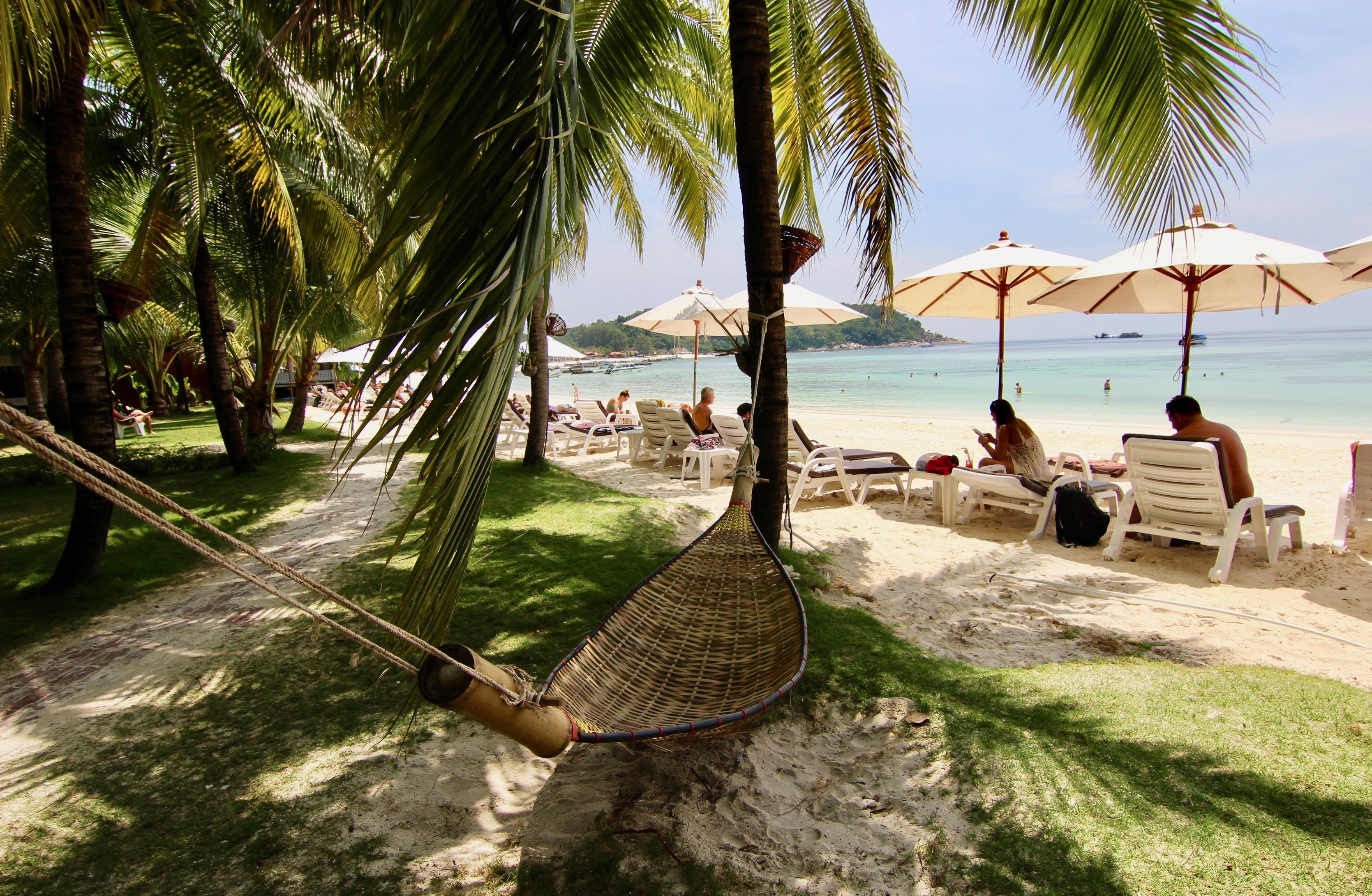@tenesommer's cover photo for 'Where to stay in Koh Lipe? Mali Resort! | Marbella Blog by Tene Sommer'