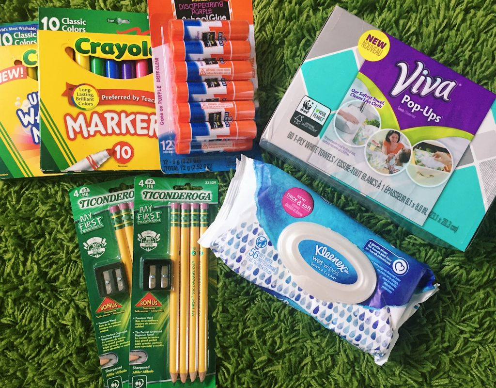 @thecinnamonmom's cover photo for '3 Tips for Smart Back to School Shopping •'