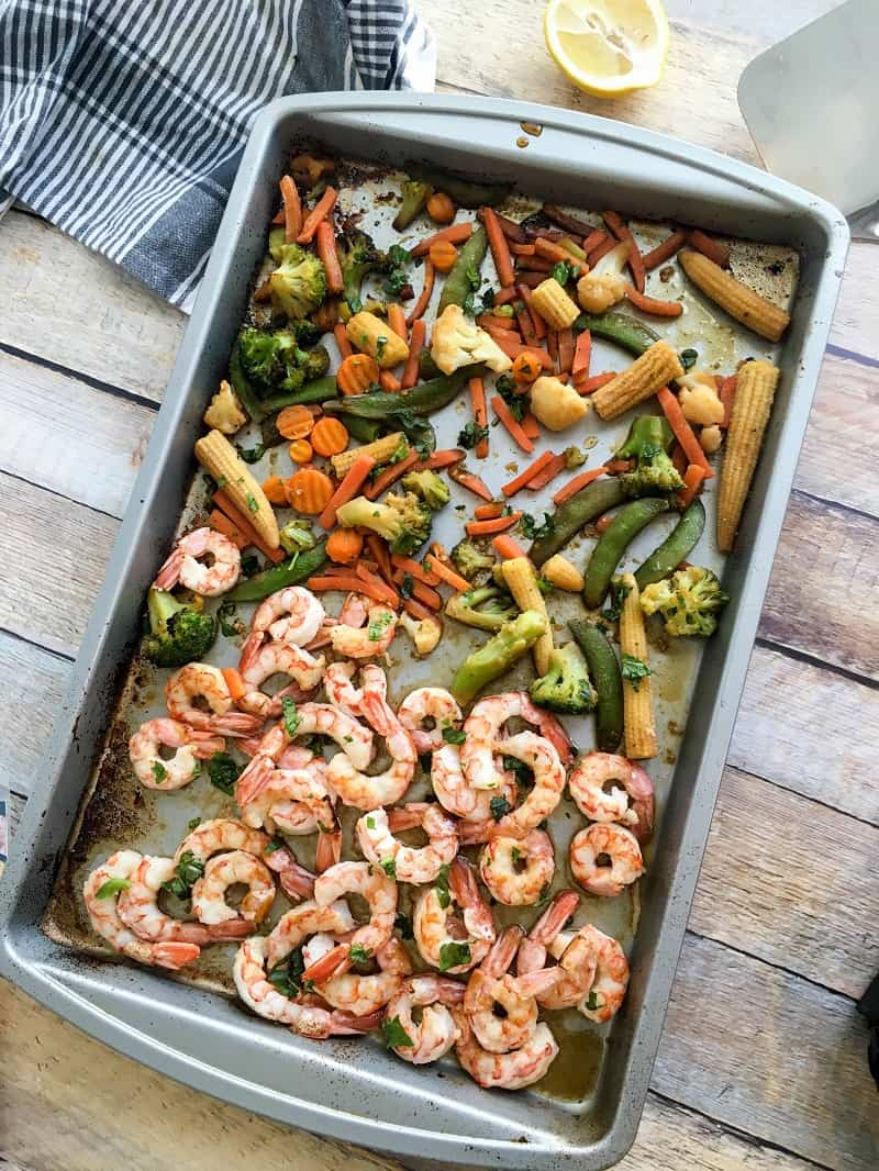 @bucketlisttummy_rd's cover photo for 'Easy Sheet Pan Honey Ginger Shrimp and Veggies'