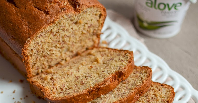 @insidemyescapes's cover photo for 'Banana Bread Recipe with Alove Yogurt'