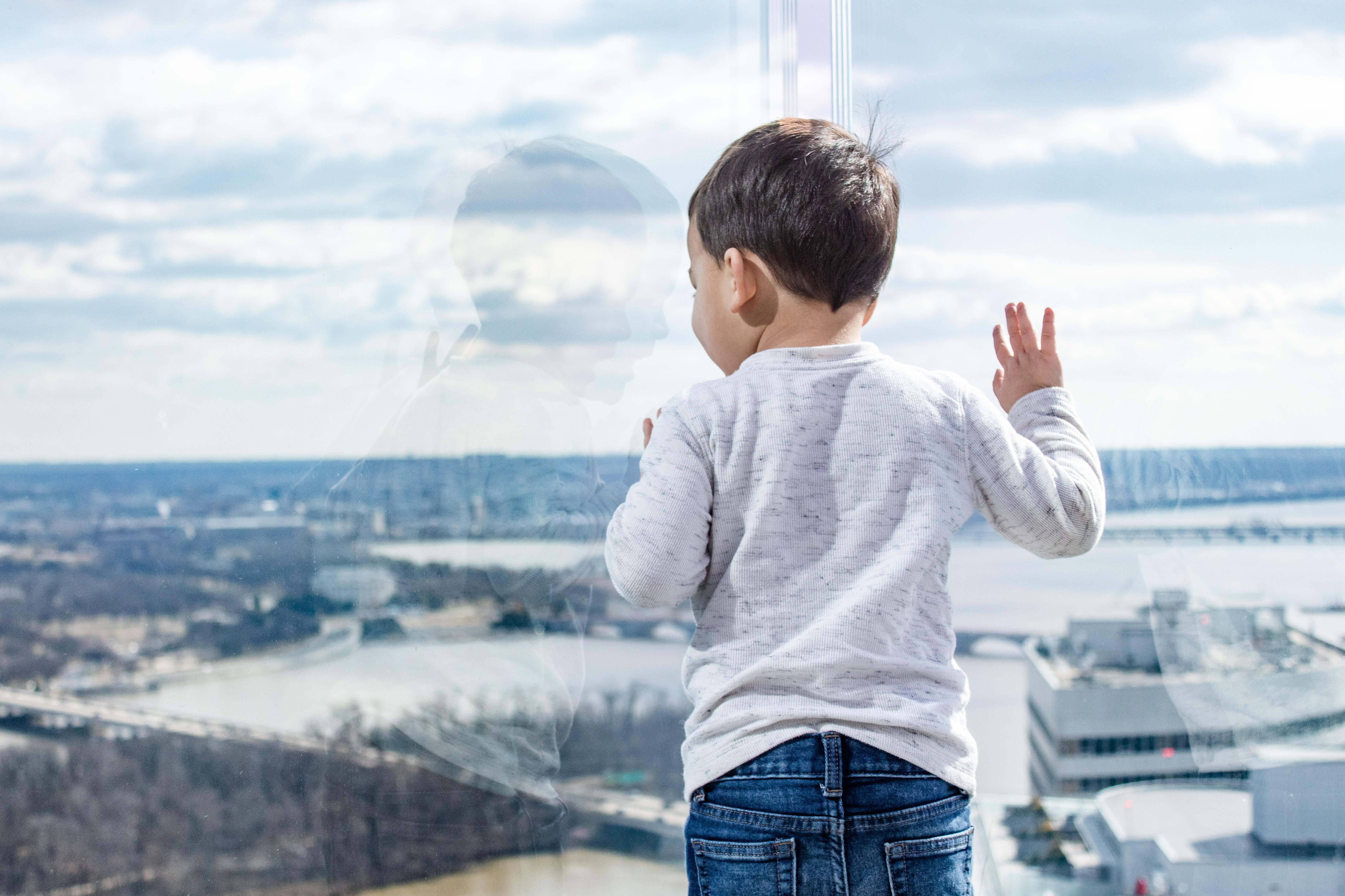@toddlinacrossamerica's cover photo for 'Our Epic Family Morning at The Observation Deck at CEB Tower in Arlington, Virginia'