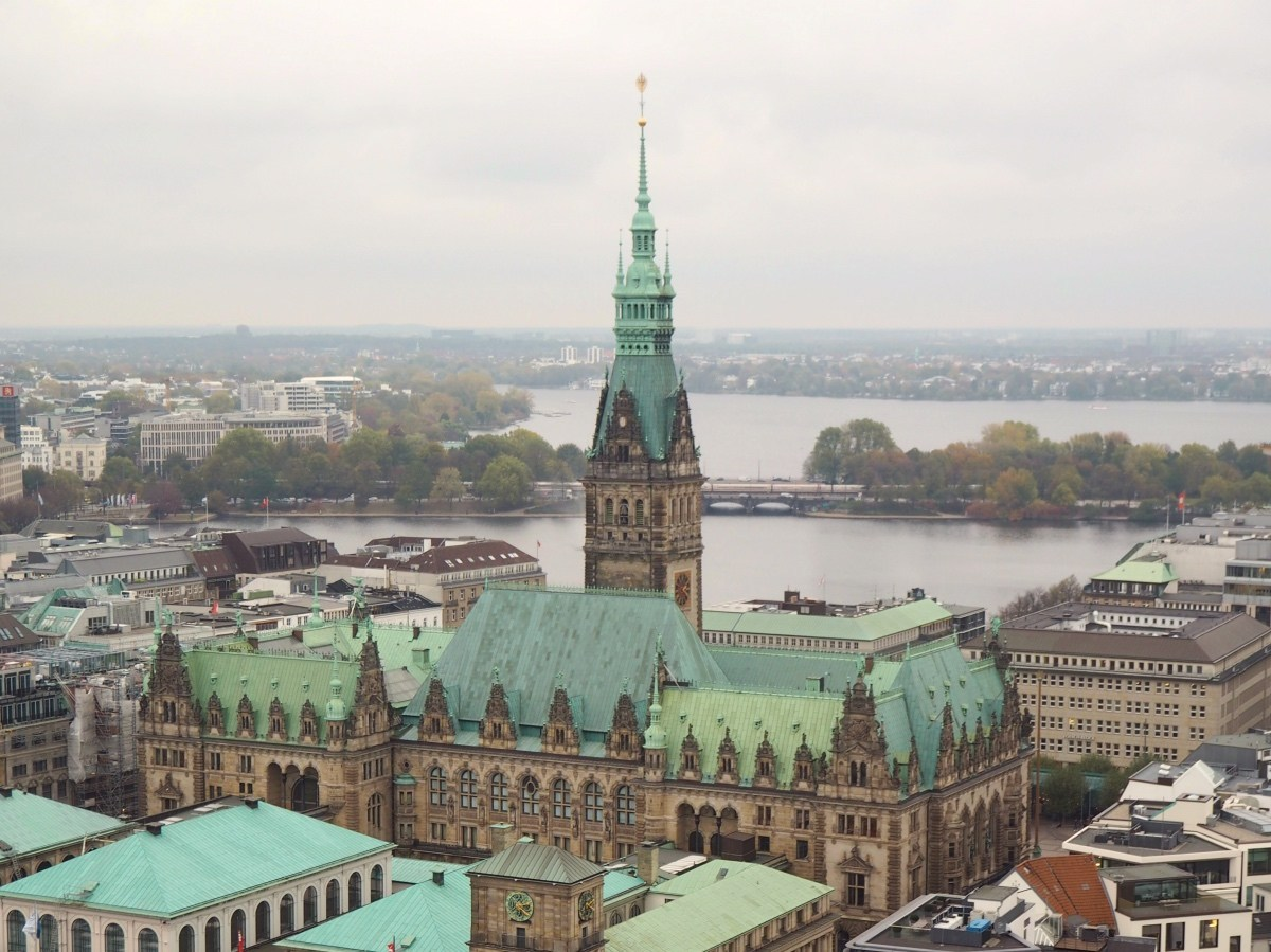 @packthesuitcases's cover photo for '2 days in Hamburg, Germany: things to do | PACK THE SUITCASES'