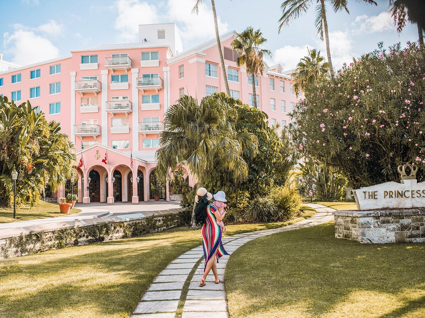 @irenesarah's cover photo for 'Bermuda Travel Diary | The Hamilton Princess - Irene Khan'