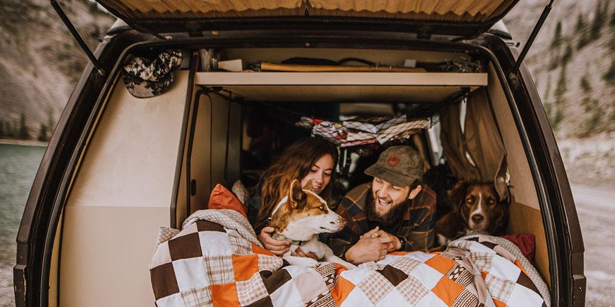 @reggieandthevan's cover photo for 'Vanlife: Him, Her + the Dogs'