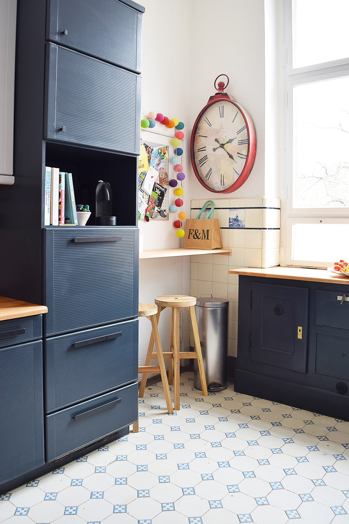 @littlehouseonthecorner's cover photo for 'Kitchen Makeover - The BIG Reveal!!!* - Little House On The Corner'