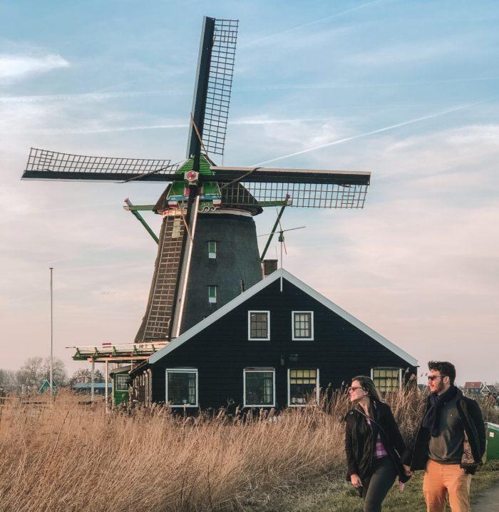 @profissaoturista's cover photo for 'Zaanse Schans: Vila dos Moinhos na Holanda | Como ir e o que fazer'