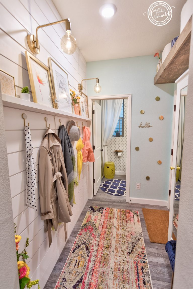 @neverskipbrunch's cover photo for 'Mudroom Makeover: Maximizing a Storage & Personality in a Small Space » NEVER SKIP BRUNCH'