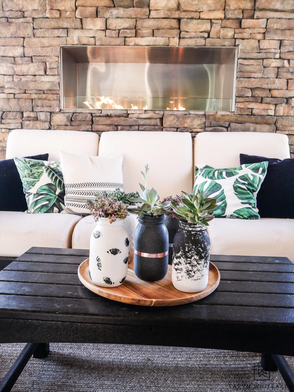 @tarynwhiteaker_designs's cover photo for 'DIY Modern Ball Jar Succulents - Taryn Whiteaker'